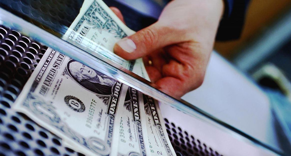 как перевести деньги за рубеж при покупке недвижимости