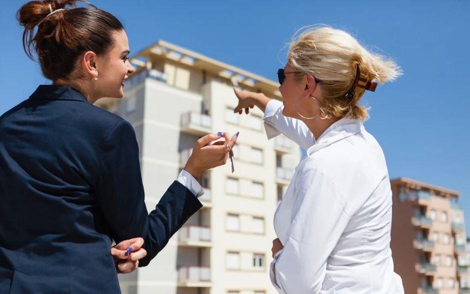Менеджер продаж недвижимости за рубежом пригороды нью йорка